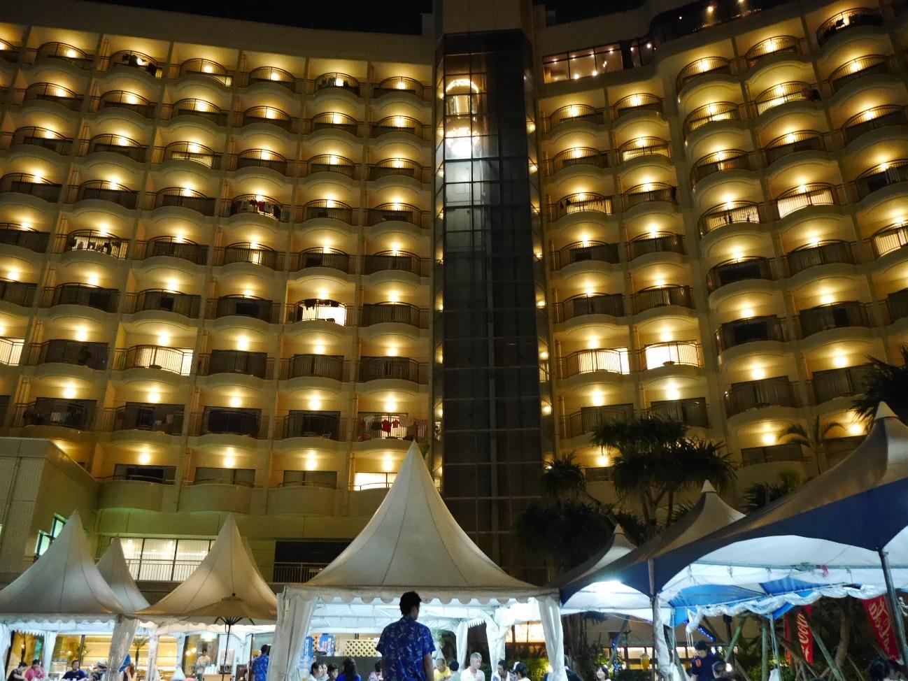 那覇市内にある人気のロワジールホテル那覇